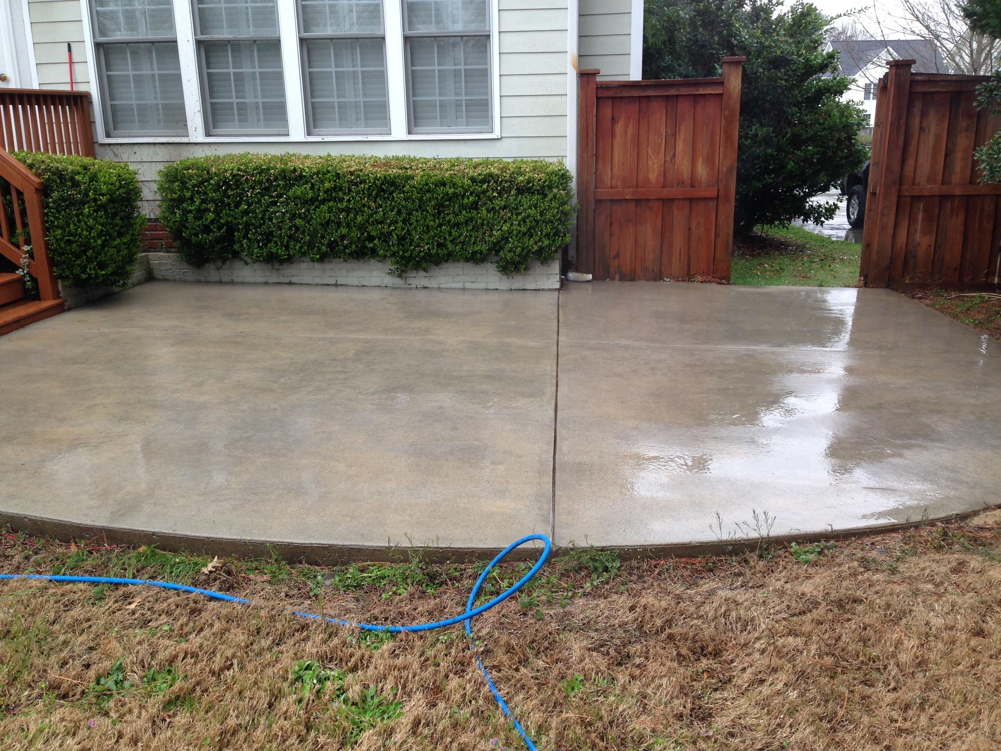 Pressure Washing Concrete 2